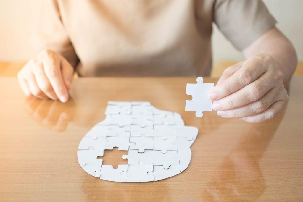 dementia vs alzheimer's_puzzle